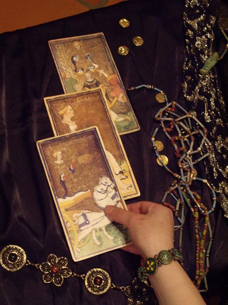 Что могут предсказать карты Таро?