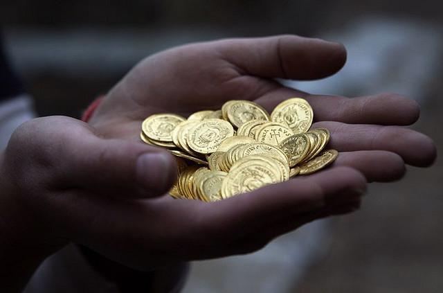 гадание по картам и монетке