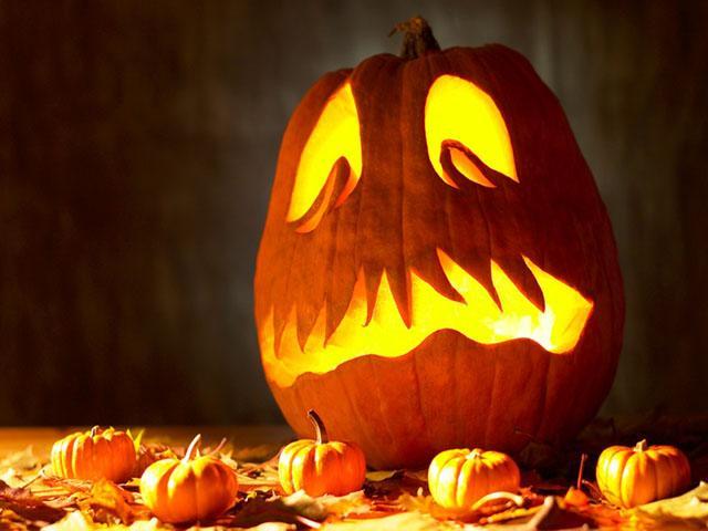 Хэллоуин – древний мистический праздник, очень популярный во многих странах.